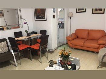 EasyQuarto BR - Alugo quarto na Vila Olimpia, mobiliado, vila fechada, com sinal wi fi com prestações de s - Outros Bairros, São Paulo capital - R$ 1.800 Por mês