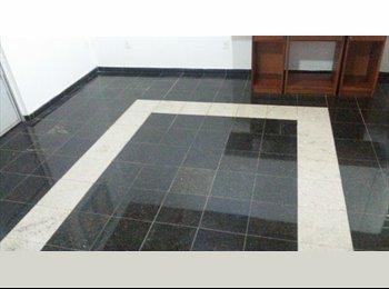 EasyQuarto BR - Apartamento no Centro(Praça 14), Rua Afonso Pena, água e luz inclusos - Manaus, Manaus - R$ 690 Por mês