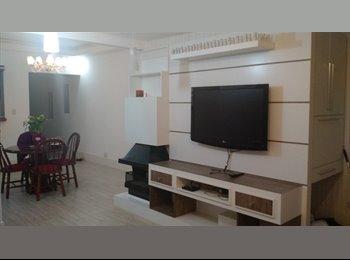 EasyQuarto BR - Suite Mobiliada Centro - Contas para dividir - Centro, Curitiba - R$ 1.100 Por mês