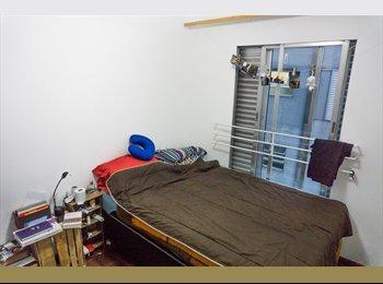 EasyQuarto BR - Excelente quarto a uma quadra da Reitoria UFPR! - Centro, Curitiba - R$ 650 Por mês