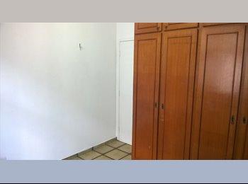 EasyQuarto BR - 2 quartos disponíveis em apartamento bem localizado na Aldeota - Aldeota, Fortaleza - R$ 500 Por mês