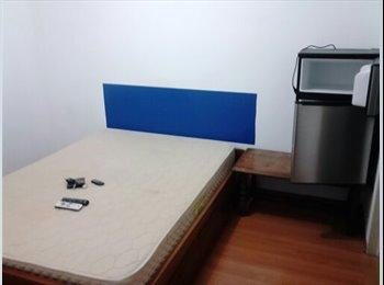 Suite individual com tv internet frigobar em frente o metro