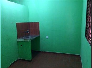 EasyQuarto BR - Apartamento - Compensa II - próximo ao centro da cidade  - Manaus, Manaus - R$ 400 Por mês