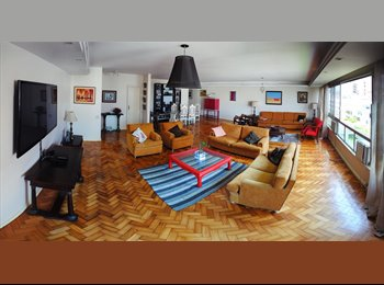 EasyQuarto BR - Quarto-suite em Arpoador - Arpoador, Rio de Janeiro (Capital) - R$ 2.900 Por mês