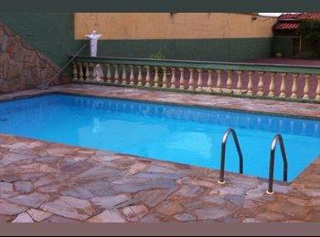 EasyQuarto BR - Quarto compartilhado em casa com piscina churrasqueira e garag, Ribeirão Preto - R$ 500 Por mês