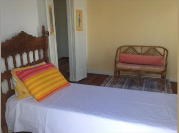 EasyQuarto BR - Charmosa casa no Barbalho - Cidade Alta, Salvador - R$ 500 Por mês