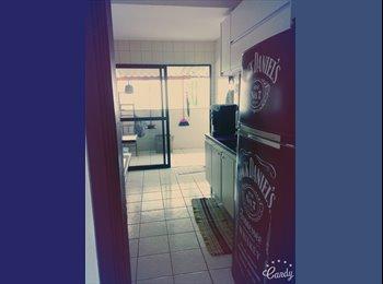EasyQuarto BR - Divido Apartamento. - Zona Sul, Uberlândia - R$ 500 Por mês