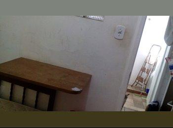 EasyQuarto BR - Alugo quarto em AP familiar na Avenida Oceânica, Ondina - Cidade Alta, Salvador - R$ 550 Por mês