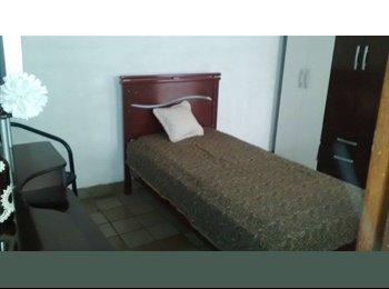 EasyQuarto BR - Quarto Mobiliado na Ponta Verde (próx. Faculdade Maurício de Nassau) - Outros, Maceió - R$ 500 Por mês