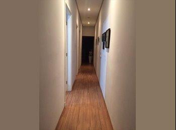 Dividir apartamento - suíte individual disponível - ZN/SP