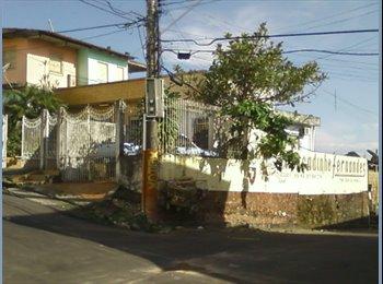 EasyQuarto BR - Casa p/dividir Cachoer.Raiz - Manaus, Manaus - R$ 700 Por mês