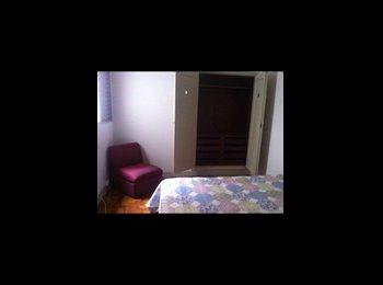 Ótimo quarto disponível no Itaim Bibi