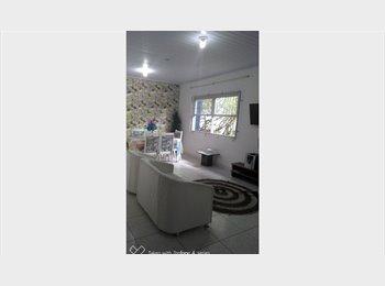 EasyQuarto BR - Oferece vagas compartilhadas/ quartos individuais, Florianópolis - R$ 450 Por mês