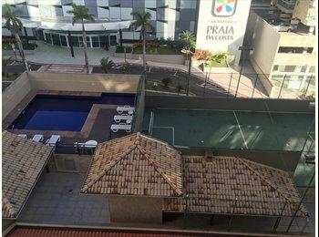 EasyQuarto BR - Excelente Oportunidade na Praia da Costa, Vila Velha - R$ 450 Por mês