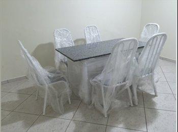 EasyQuarto BR - Alugo Quarto - Outros Bairros, Curitiba - R$ 450 Por mês