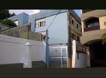 EasyQuarto BR - Aluguel Quarto Porto da Barra, Salvador - R$ 740 Por mês