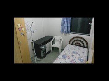 Quarto dentro de apartamento