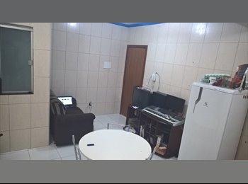 Casal de Irmãos procuram mulher para dividir apartamento