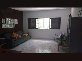 EasyQuarto BR - Quarto Para Alugar na Madalena - Recife, Recife - R$ 600 Por mês