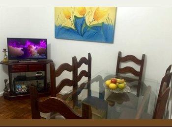 EasyQuarto BR - Dividir quarto no coração de Copacabana - Copacabana, Rio de Janeiro (Capital) - R$ 700 Por mês