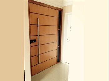 Alugo quartos de apartamento belíssimo na zona norte!
