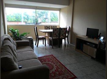 EasyQuarto BR - Quarto mobiliado em apartamento, em prédio próximo a UFPE, hospital das clinicas., Recife - R$ 600 Por mês