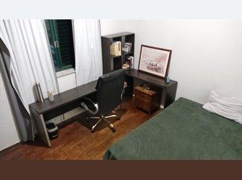 EasyQuarto BR - Santo Antônio - Casal mobiliado , Belo Horizonte - R$ 700 Por mês