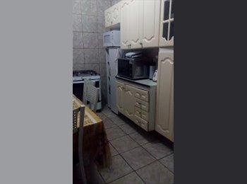 EasyQuarto BR -  Aluguel de quartos para moças, muito bem localizado. Ambiente familiar. A 5 minutos do ponto para U, Juiz de Fora - R$ 380 Por mês