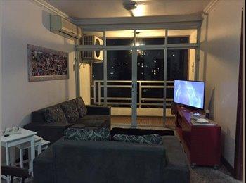 Alugo quarto (suíte) no Itaim Bibi