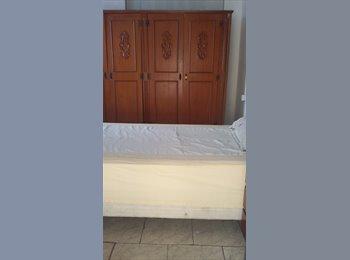 Alugo quartos simples individuais masculinos