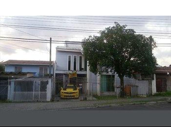 EasyQuarto BR - Quarto Mobiliado, Curitiba - R$ 465 Por mês