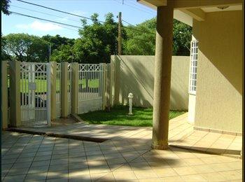 EasyQuarto BR - Alugo quartos para estudantes e/ou profissionais, Londrina - R$ 450 Por mês