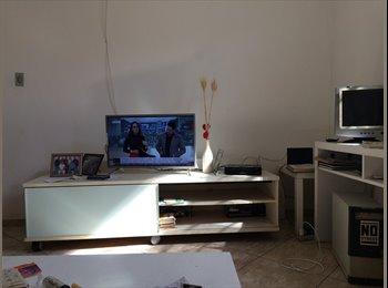 EasyQuarto BR - Divido apto tipo casa ou alugo quarto, Rio de Janeiro (Capital) - R$ 400 Por mês