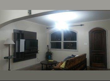 EasyQuarto BR - Aluga-se quartos, Florianópolis - R$ 850 Por mês