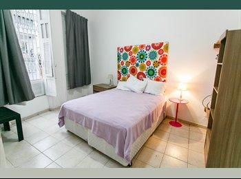 EasyQuarto BR - 3 Quartos no coração de Laranjeiras, Rio de Janeiro - R$ 1.900 Por mês