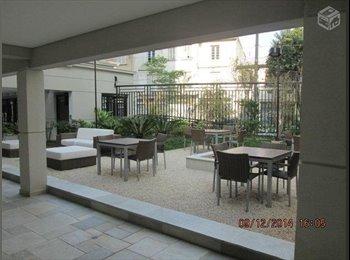 Ambiente familiar, prédio novo, ao lado de Higienópolis
