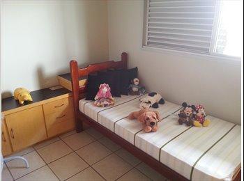 EasyQuarto BR - Alugo quarto mobilhado. Para moças, com varias comodidades!!!. , Uberlândia - R$ 500 Por mês