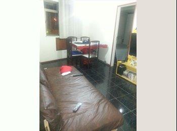EasyQuarto BR - Aluguel de pequena suite, Rio de Janeiro (Capital) - R$ 700 Por mês