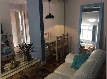 EasyQuarto BR - Quarto conf perto Botanico , Curitiba - R$ 850 Por mês