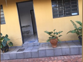EasyQuarto BR - KITNET MOBILIADA, Goiânia - R$ 900 Por mês