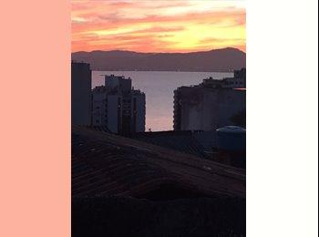 EasyQuarto BR - Tenho quarto, Florianópolis - R$ 1.000 Por mês