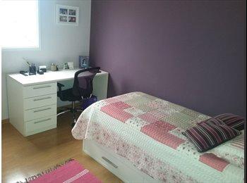 EasyQuarto BR - Alugo quarto para moça , São José dos Campos - R$ 550 Por mês