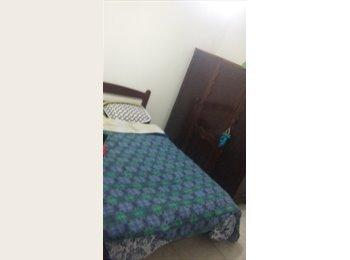 EasyQuarto BR - Procuro alguém para dividir Kitnet em Ponta das Canas, Florianópolis - R$ 500 Por mês