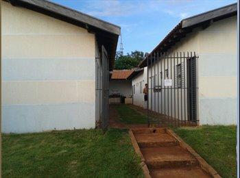EasyQuarto BR - Alugo kitnetes, Campo Grande - R$ 420 Por mês