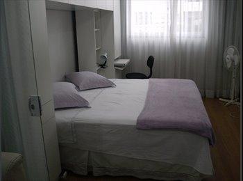 EasyQuarto BR - Quarto Confortável, Curitiba - R$ 850 Por mês
