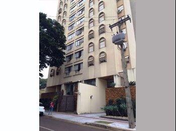 EasyQuarto BR - Quarto em área privilegiada, Londrina - R$ 700 Por mês