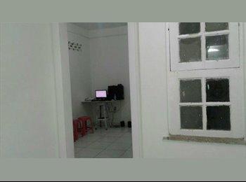 EasyQuarto BR - Divido apartamento na Barra, Salvador - R$ 450 Por mês