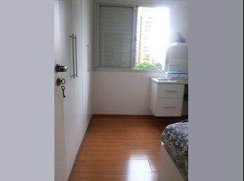 Alugo um quarto mobiliado em Pinheiros