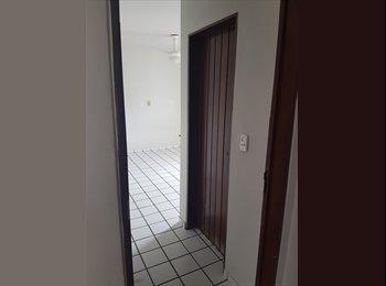 EasyQuarto BR - Suíte em Tambaú, João Pessoa - R$ 900 Por mês