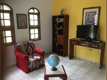 EasyQuarto BR - Quarto mobiliado amplo em casa familiar, Sorocaba - R$ 350 Por mês
